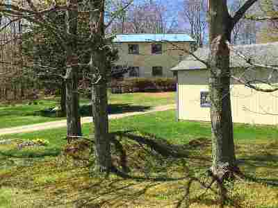 Cambridge Single Family Home For Sale: 1300 Irongate Road