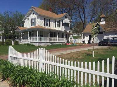 Pembroke Single Family Home For Sale: 11 Maple Street