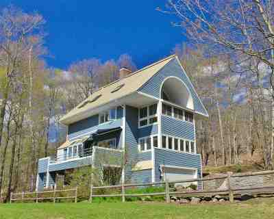 Hanover Single Family Home For Sale: 114 Blueberry Hill Drive
