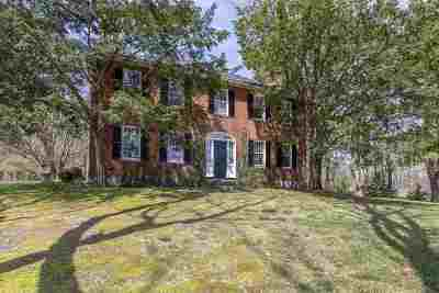 Exeter Single Family Home For Sale: 24 Newfields Road