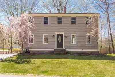 Kittery Single Family Home For Sale: 10 Hill Creek Drive