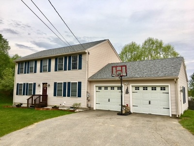Pembroke Single Family Home Active Under Contract: 9 Brittany Circle