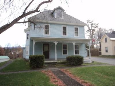 Bradford Single Family Home For Sale: 548 N. Pleasant Street