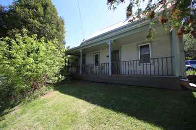 Cambridge Single Family Home Active Under Contract: 99 Upper Pleasant Valley Road