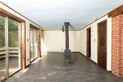 Dover Single Family Home For Sale: 67 Durham Rd.