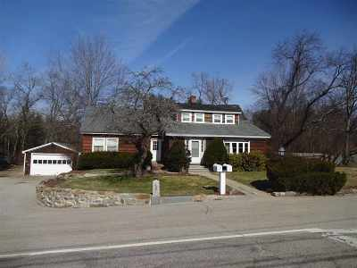 Bedford Single Family Home For Sale: 137 Bedford Center Road