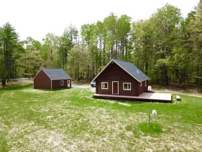 Hanover Single Family Home For Sale: 654 Hanover Center Road