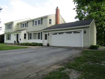 St. Albans City Single Family Home For Sale: 10 Forest Hill Drive