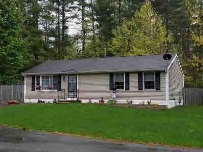 Nashua NH Single Family Home For Sale: $133,000