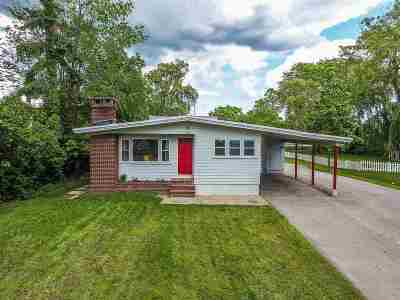 Dover Single Family Home For Sale: 418 Dover Point Road