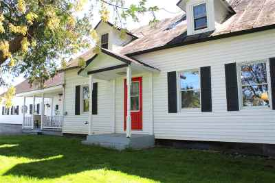 Berkshire VT Single Family Home For Sale: $189,000