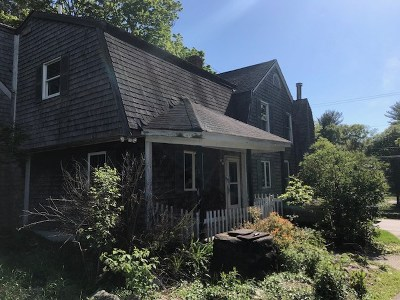 Derry Single Family Home For Sale: 356 Island Pond Road