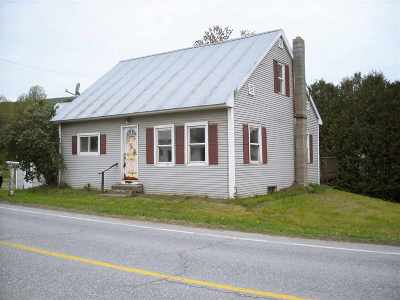Orleans County Single Family Home For Sale: 722 Vt. Route 14 N