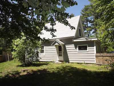 Amherst Single Family Home For Sale: 92 Merrimack Road