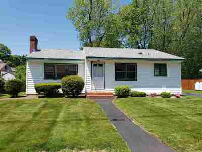Single Family Home Active Under Contract: 6 Bonnie Drive