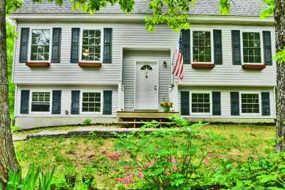 Canterbury Single Family Home For Sale: 21 Friar Tuck Road