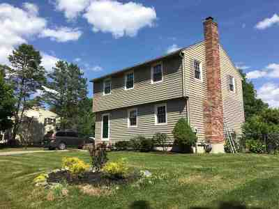 Dover Single Family Home For Sale: 3 Toftree Lane