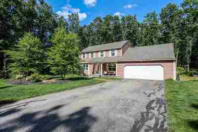 Bedford Single Family Home For Sale: 57 Old Farm Road