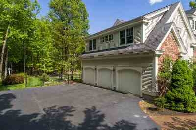 North Hampton Single Family Home For Sale: 23 Squier Drive