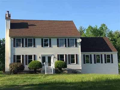 Pelham Single Family Home For Sale: 32 Robinson Lane