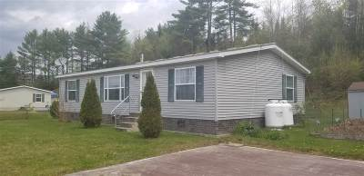 Littleton NH Single Family Home Active Under Contract: $117,000