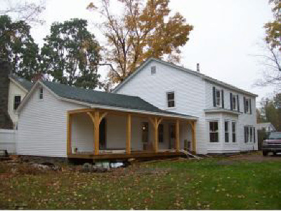 Poultney Single Family Home For Sale: 122 On-The-Green Road
