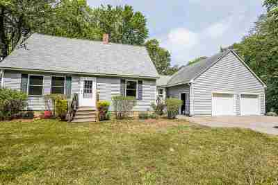 Epsom Single Family Home For Sale: 38 Ridgewood Circle