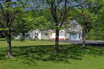 South Hero Single Family Home For Sale: 25 Ferry Rd