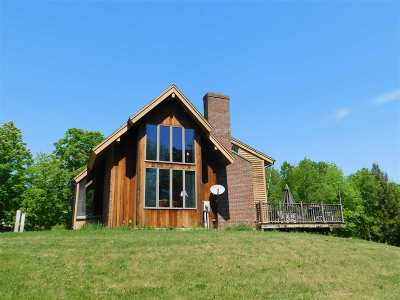Bradford Single Family Home For Sale: 656 Rogers Hill Road