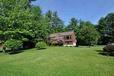 Milford Single Family Home Active Under Contract: 7 Boxwood Circle