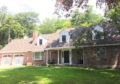 Bedford Single Family Home For Sale: 81 Cambridge Road