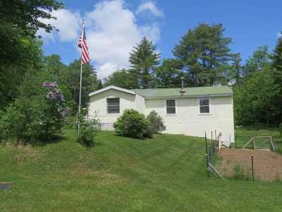 Grafton Single Family Home For Sale: 14 Lower Meadow Road