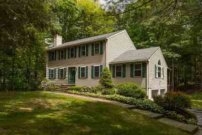 Exeter Single Family Home For Sale: 6 Cragmere Heights Road