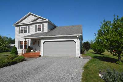 Swanton Single Family Home Active Under Contract: 4 Dawn's Way