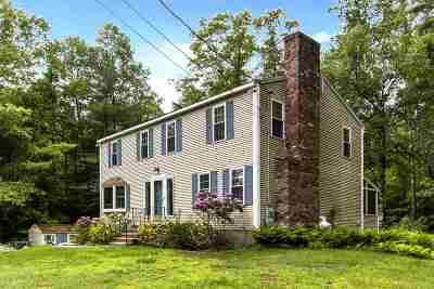 Madbury Single Family Home For Sale: 17 Garrison Lane