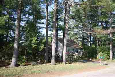 Concord NH Single Family Home Active Under Contract: $239,900