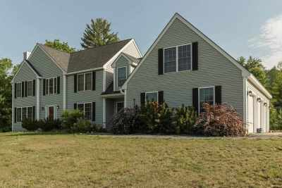 Loudon Single Family Home For Sale: 11 Wellington Lane