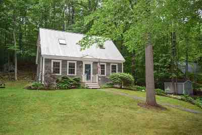 Middlebury Single Family Home For Sale: 74 Oak Drive