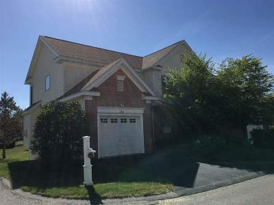 Concord NH Single Family Home For Sale: $239,700
