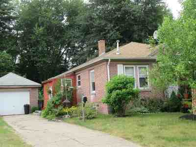 Dover Single Family Home For Sale: 9 Morin Street