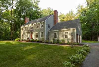 Stratham Single Family Home For Sale: 1 Evergreen Way