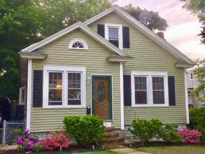 Manchester Single Family Home For Sale: 431 Lowell Street