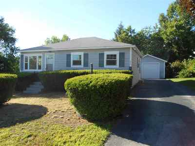 Manchester Single Family Home For Sale: 278 Holly Avenue