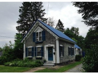 Lancaster Single Family Home For Sale: 42 High St