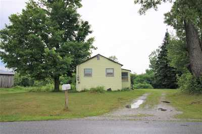 St. Albans Town VT Single Family Home For Sale: $90,000