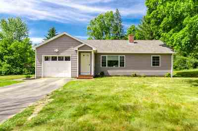 Dover Single Family Home For Sale: 53 Littleworth Road