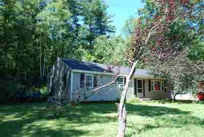 Kingston Single Family Home For Sale: 1 Beach Drive