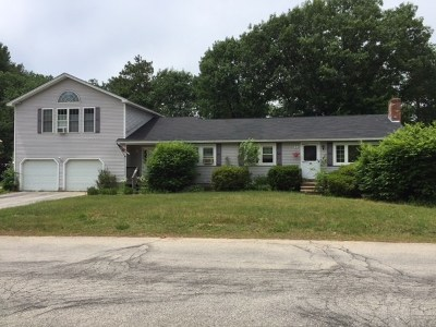Concord Single Family Home For Sale: 11 Broken Ground Drive