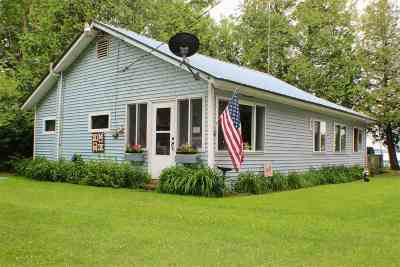 Franklin VT Single Family Home For Sale: $174,900