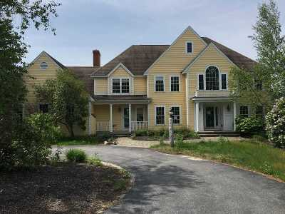 Merrimack County Single Family Home For Sale: 264 Woodland Trace